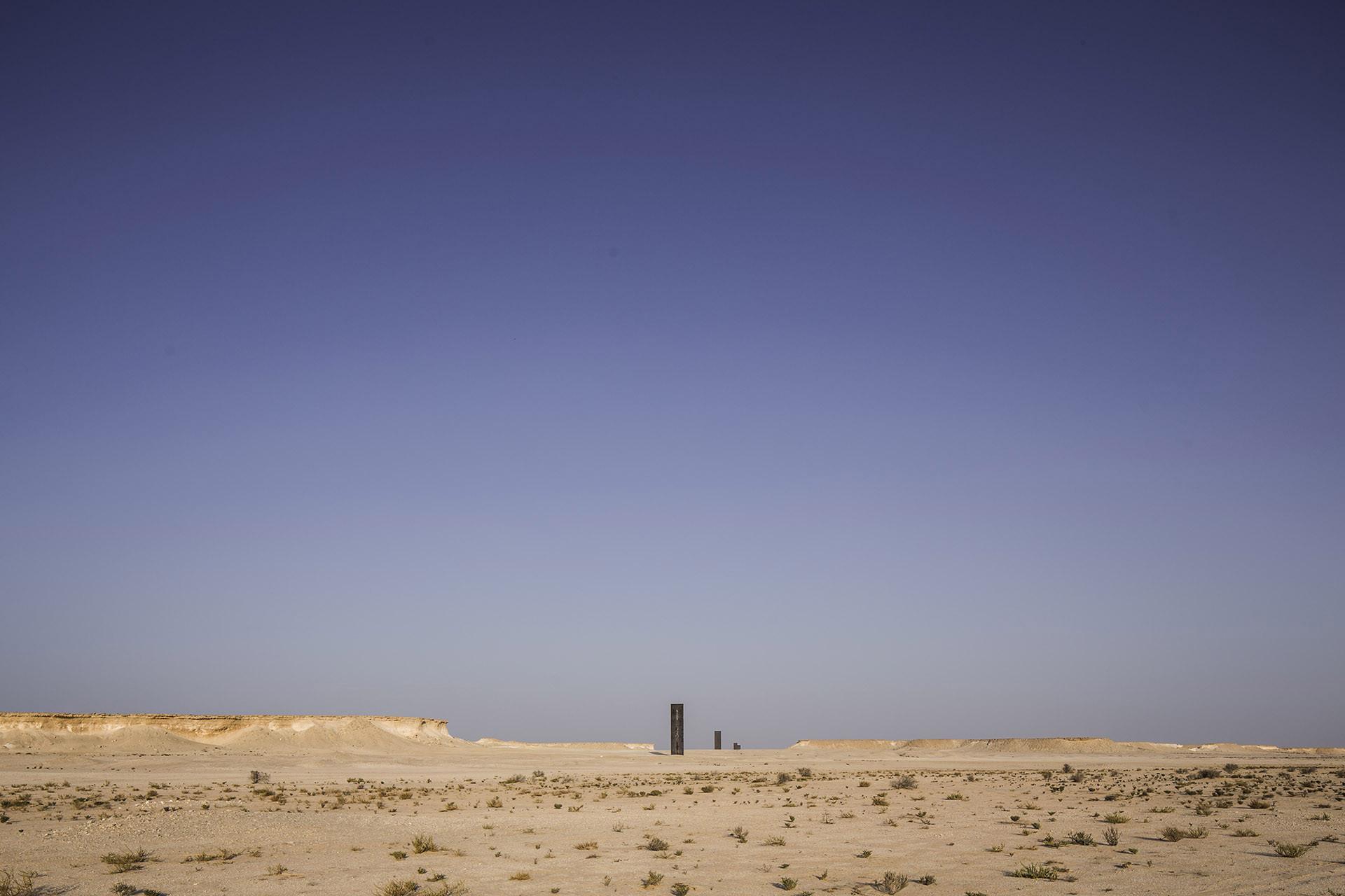 La nueva escultura de Richard Serra, en el desierto de Qatar