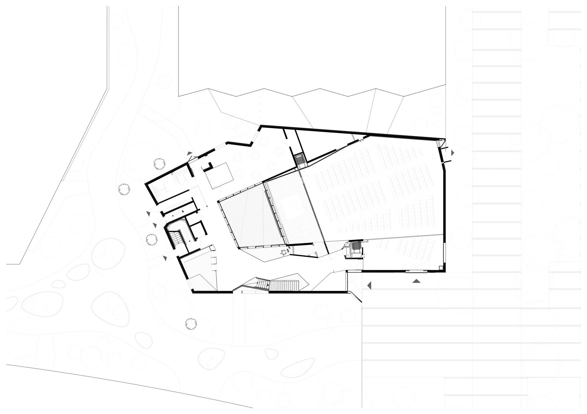 Ensemble Pastoral Catholique / Atelier d'Architecture