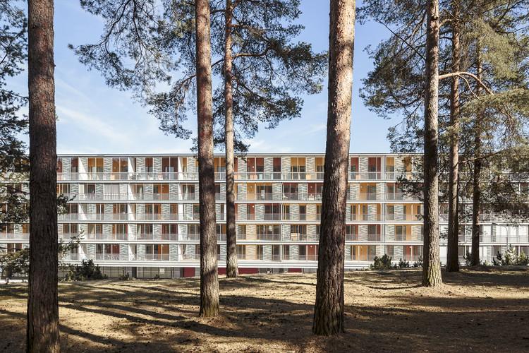 Conjunto Habitacional Harjunkulma / Kirsti Sivén & Asko Takala Arkkitehdit, © Tuomas Uusheimo