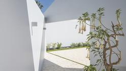 Casa Patios / Riofrio+Rodrigo Arquitectos