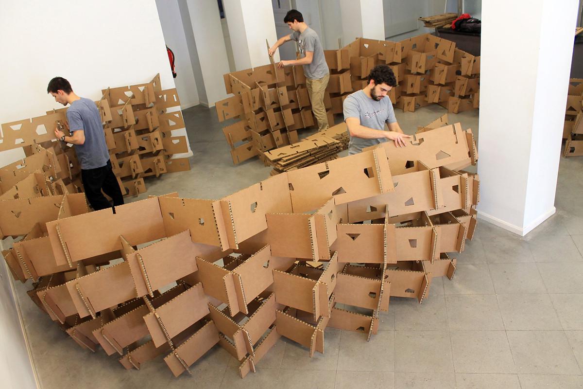 País Vasco: estudiantes construyen pabellón de cartón en base al diseño paramétrico, © Aritz Perez