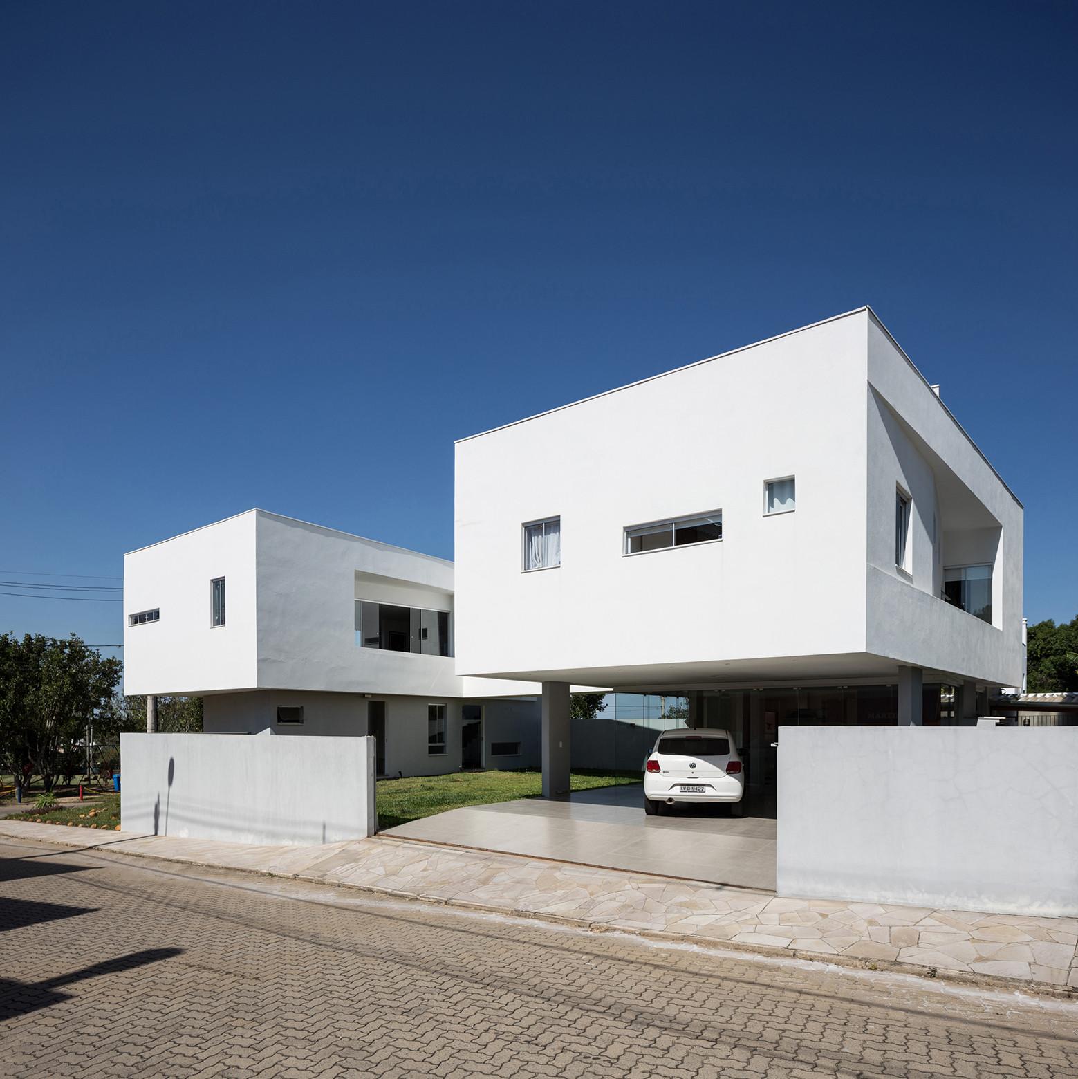 Casa 2V / BR3 Arquitetos, © Marcelo Donadussi