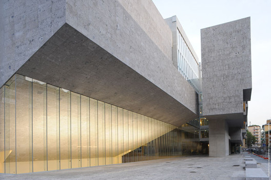 via Grafton Architects