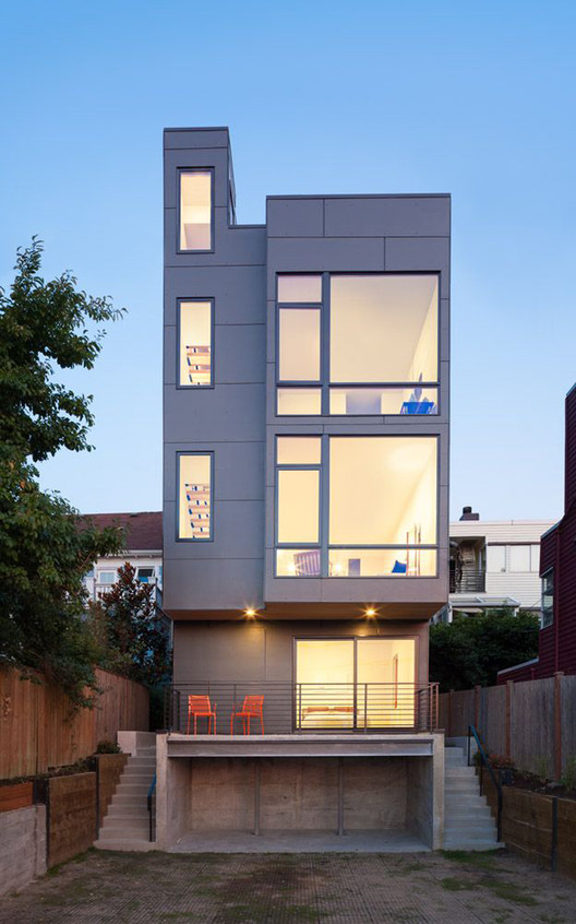 18th Ave City Homes / Malboeuf Bowie Architecture, © Andrew Pogue