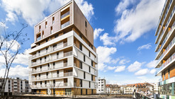 Complexo de Casas e Lojas / Ameller, Dubois & Associés