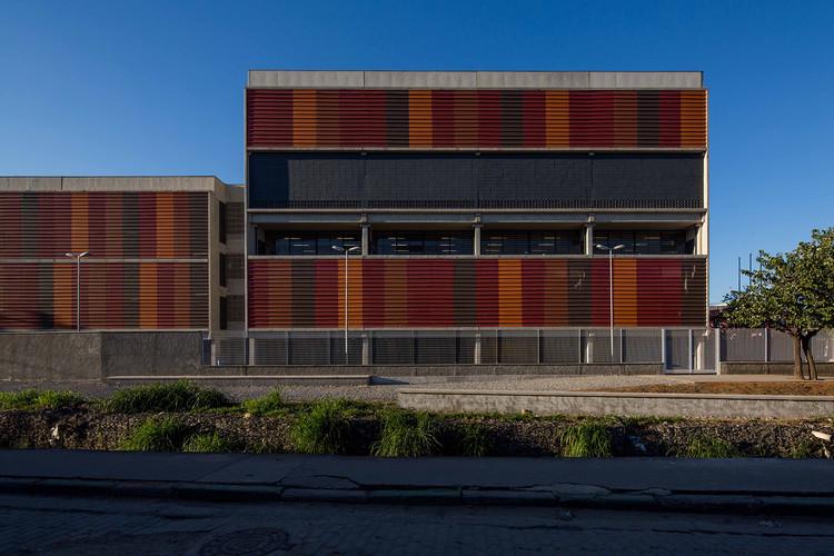 Escola Estadual Nova Cumbica / H+F Arquitetos, © Pedro Napolitano Prata