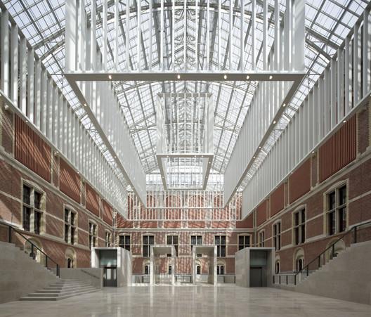 Rijksmuseum / Cruz y Ortiz Arquitectos. Image © Pedro Pegenaute