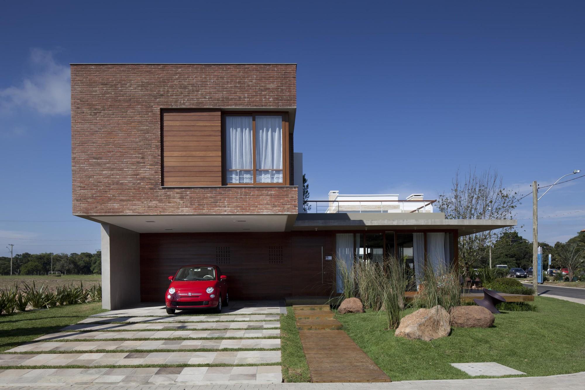 Casa Marítimo / Seferin Arquitetura, © Marcelo Donadussi