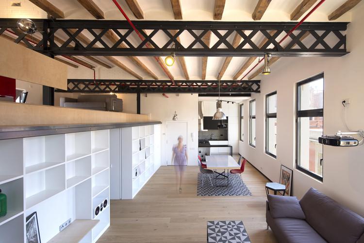 Loft Fábrica Grober / Meta-studio, © Lluis Carbonell