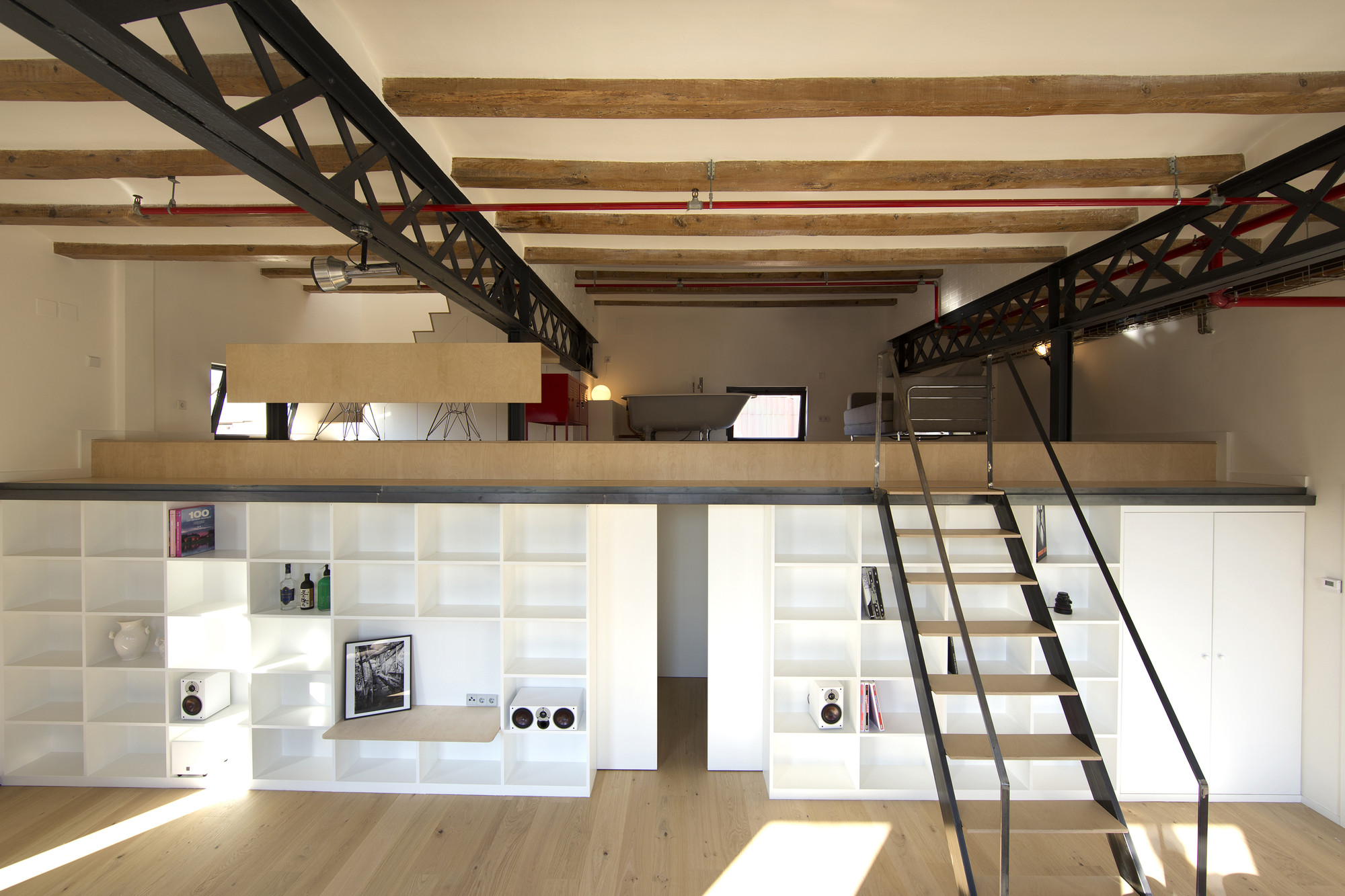 Gallery of Industrial Loft Grober / Meta-studio - 9