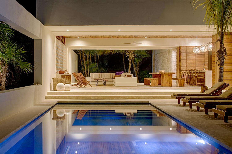 Gallery of casa xixim specht harpman 2 for Apartamentos jardin playa larga tarragona