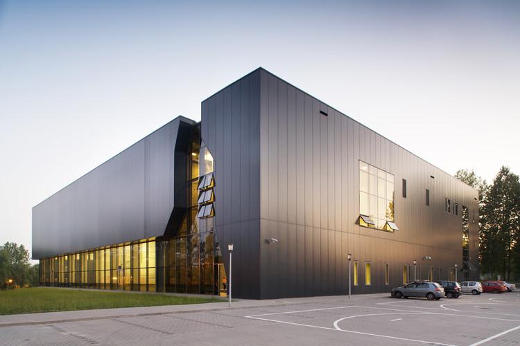 Sala de Espetáculos e Esportes Na Skarpie / Maćków Pracownia Projektowa, © Krzysztof Smyk
