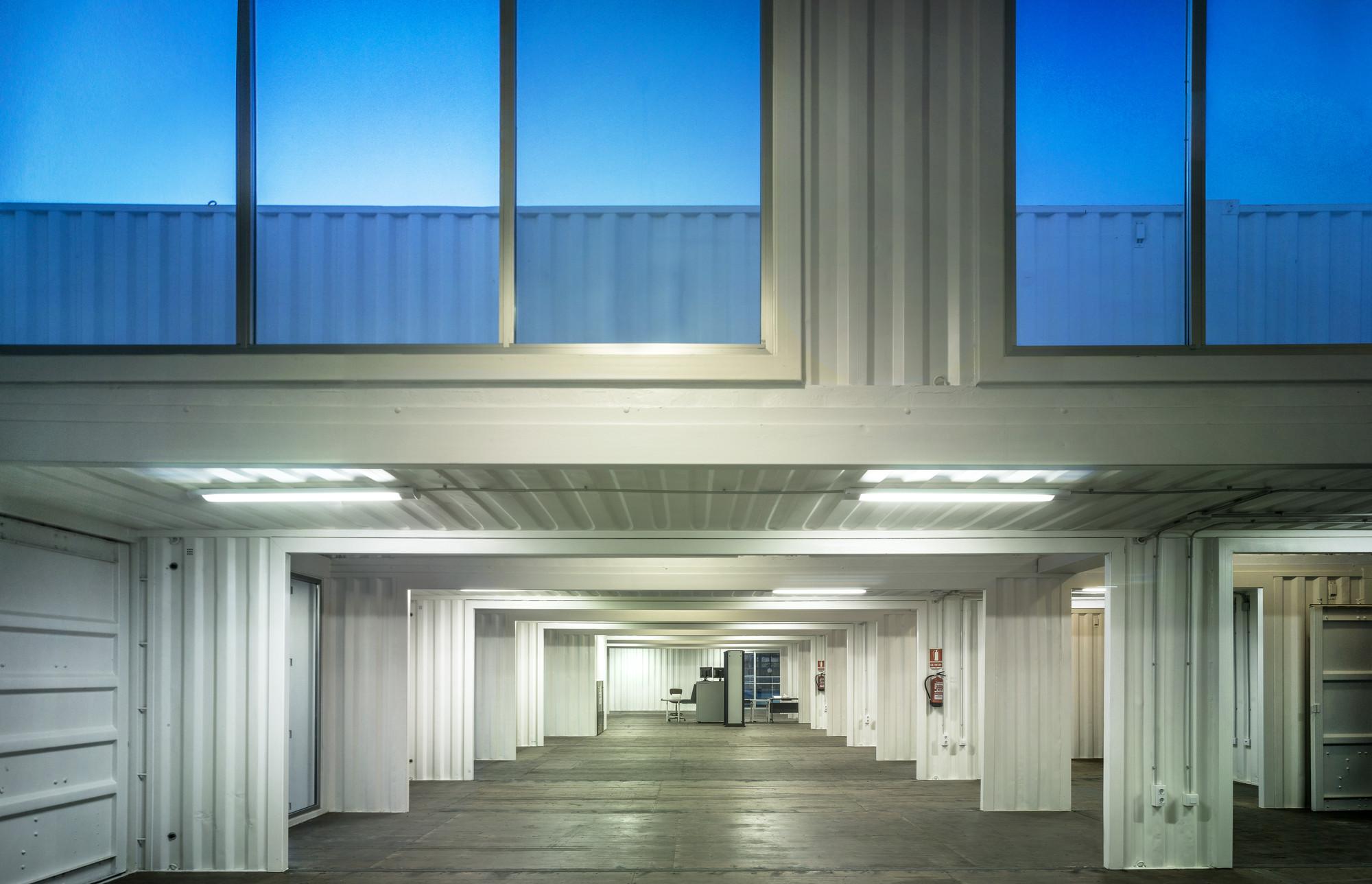 Galer a de proyecto de iluminaci n terminal de cruceros - Iluminacion sevilla ...