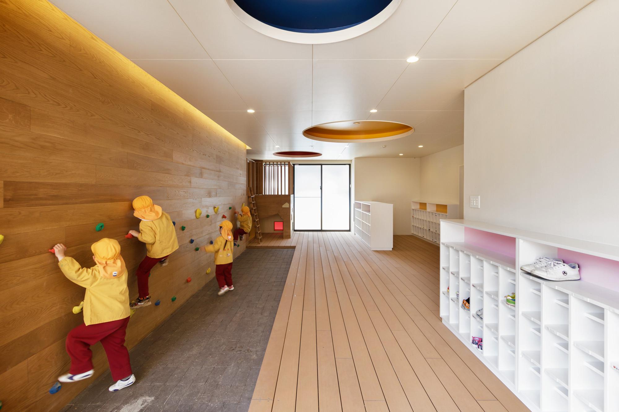 Jardín Infantil y Guardería C.O / HIBINOSEKKEI + Youji no Shiro, © Studio Bauhaus, Ryuji Ino