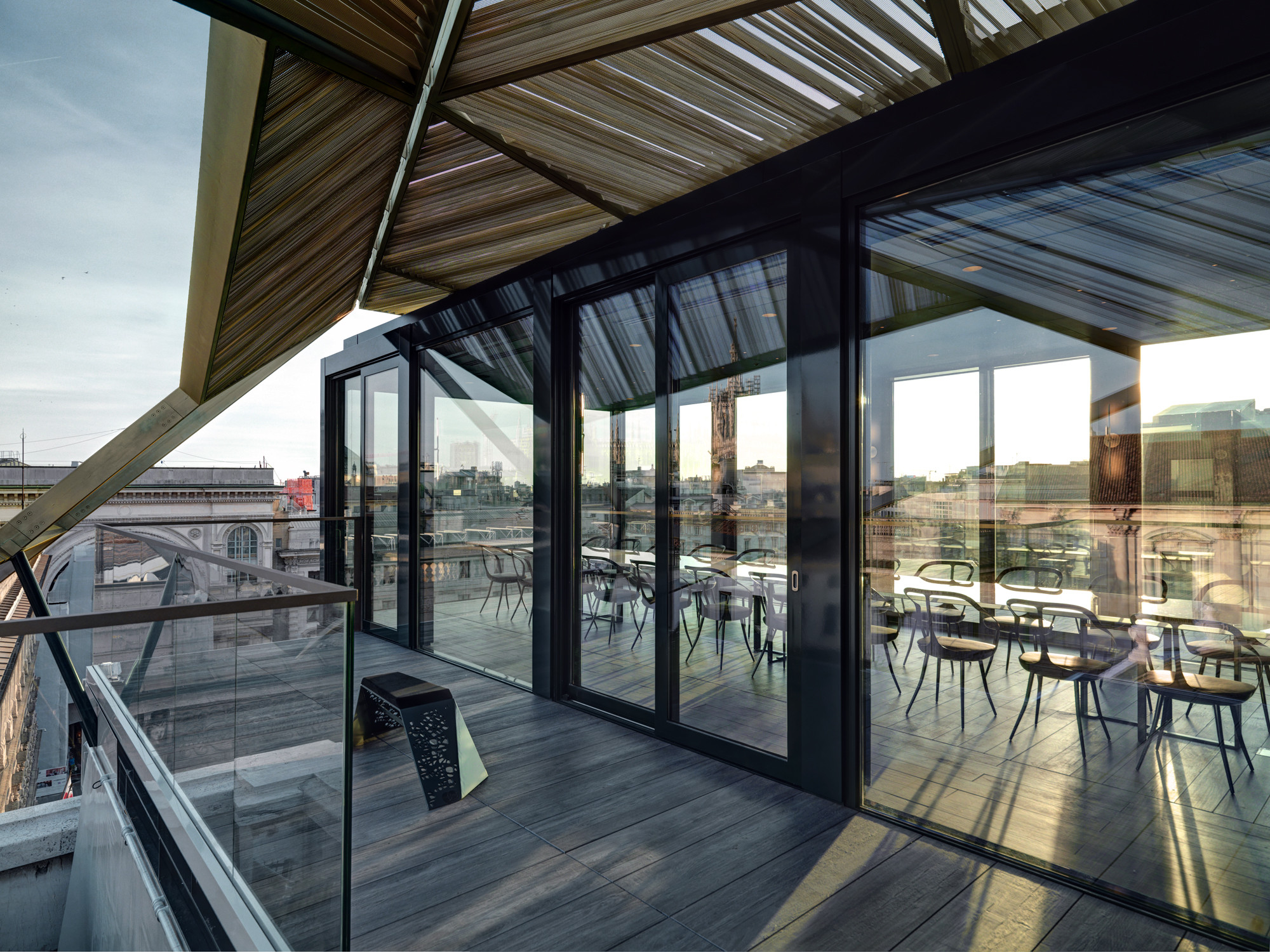 Gallery of priceless milano park associati 6 for Milano rooftop bar