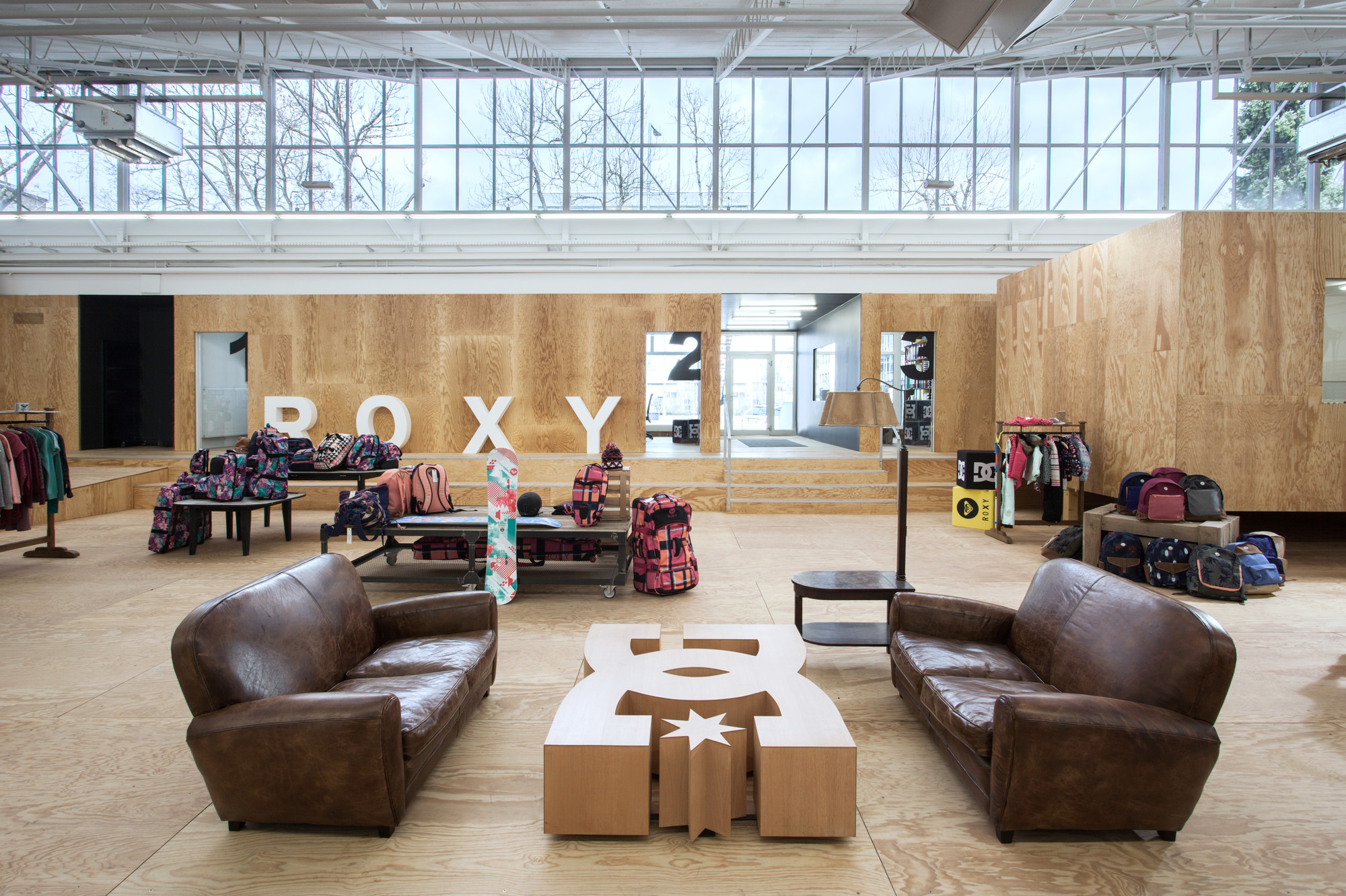 Quiksilver Showroom / Clemens Bachmann Architekten, © Bernd Ducke