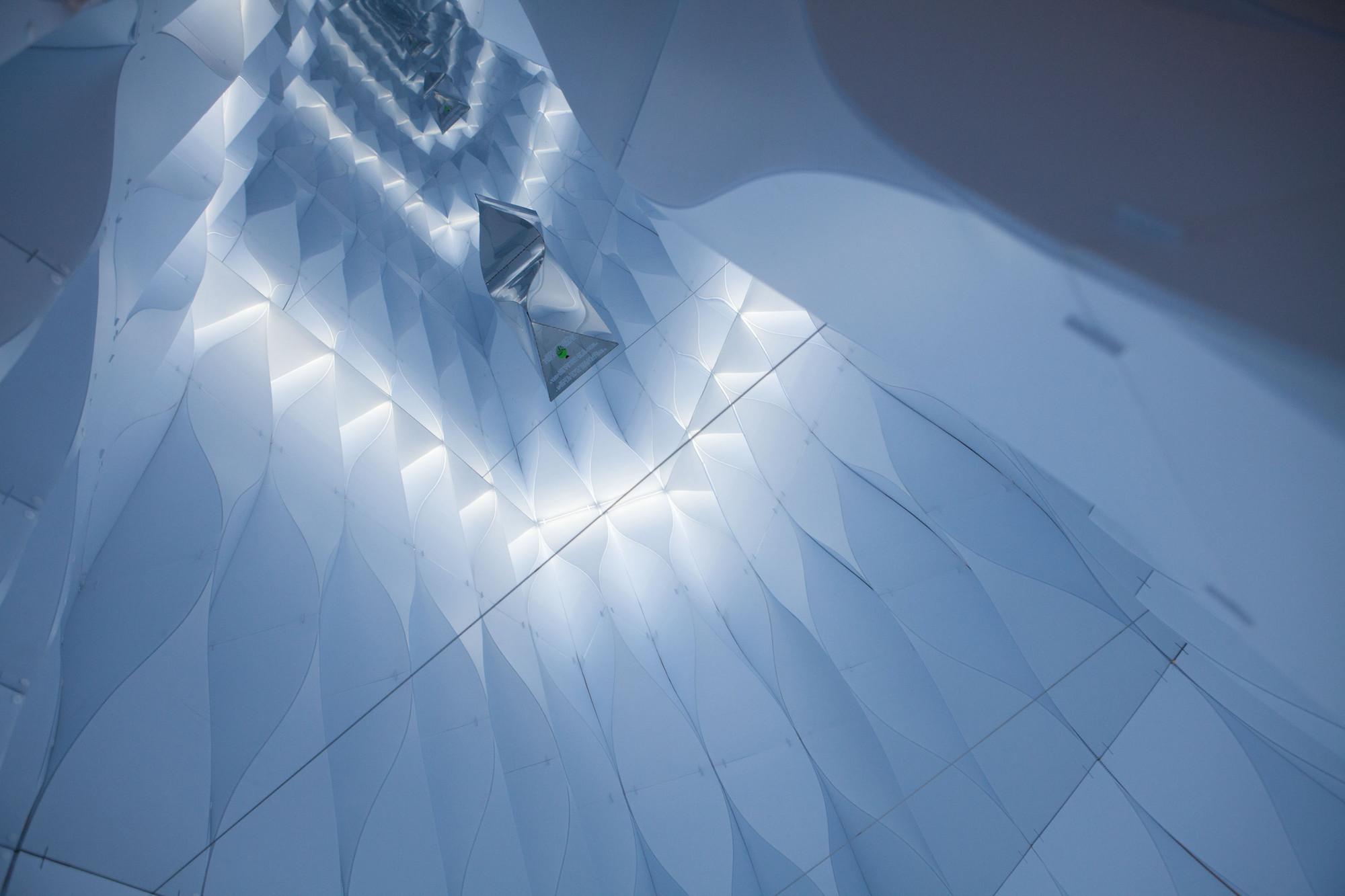 """Instalação """"Dynamic Sanctuary"""" responde à pulsação de seus visitantes , © Mike Vorrasi"""