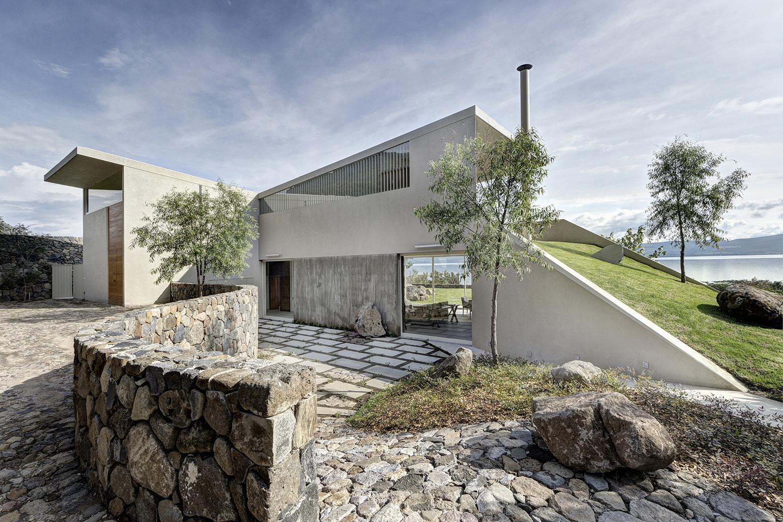 Casa del Lago / Juan Ignacio Castiello Arquitectos, © Marcos García