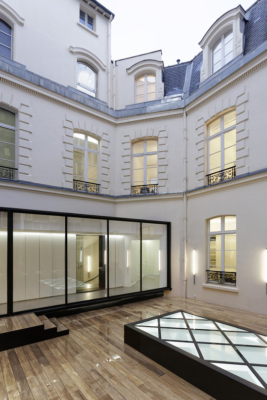 Dior Men Paris / Antonio Virga Architecte + Dior Men Architecture Department, © Olivier Helbert