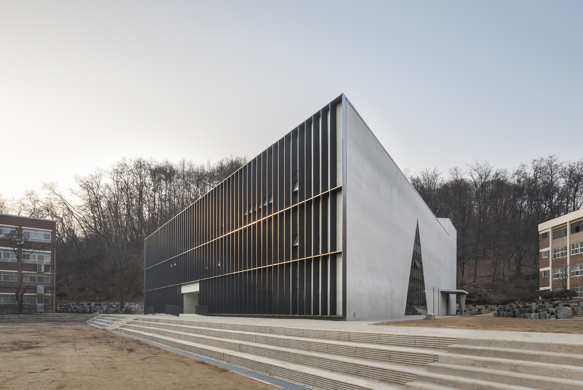 Gallery of DH Triangle School / NAMELESS Architecture - 17