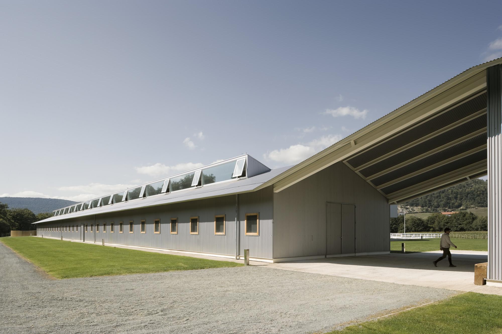 Gallery of Elite Equestrian Center / Francisco Mangado - 3