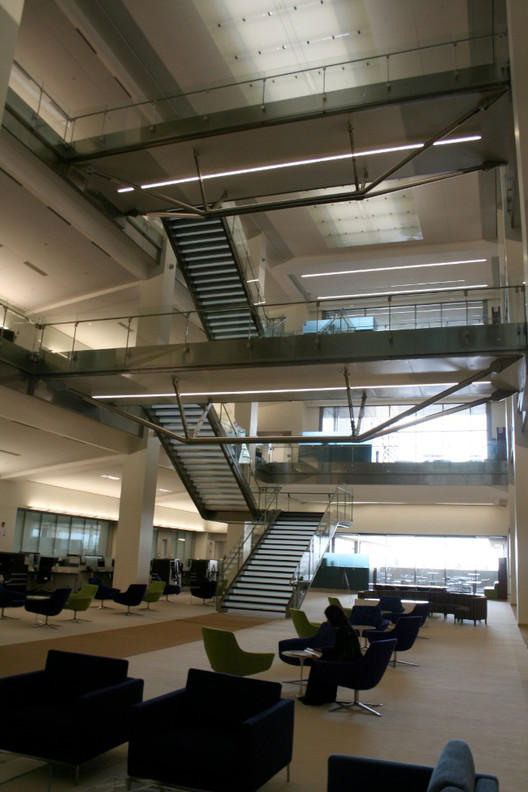 Espacios interiores de los edificios de investigación