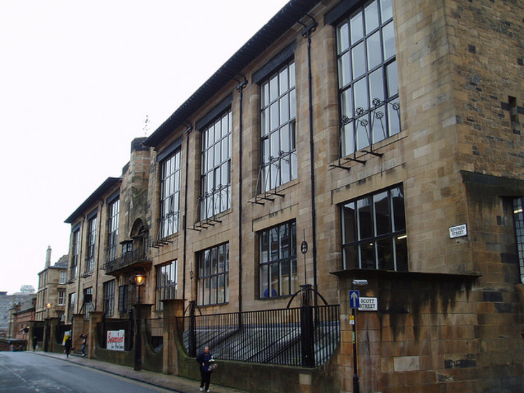 Spotlight: Charles Rennie Mackintosh, Glasgow School of Art. Image © <a href='https://www.flickr.com/photos/stevecadman/47731591'>Flickr user stevecadman</a> licensed under <a href='https://creativecommons.org/licenses/by-sa/2.0/'>CC BY-SA 2.0</a>