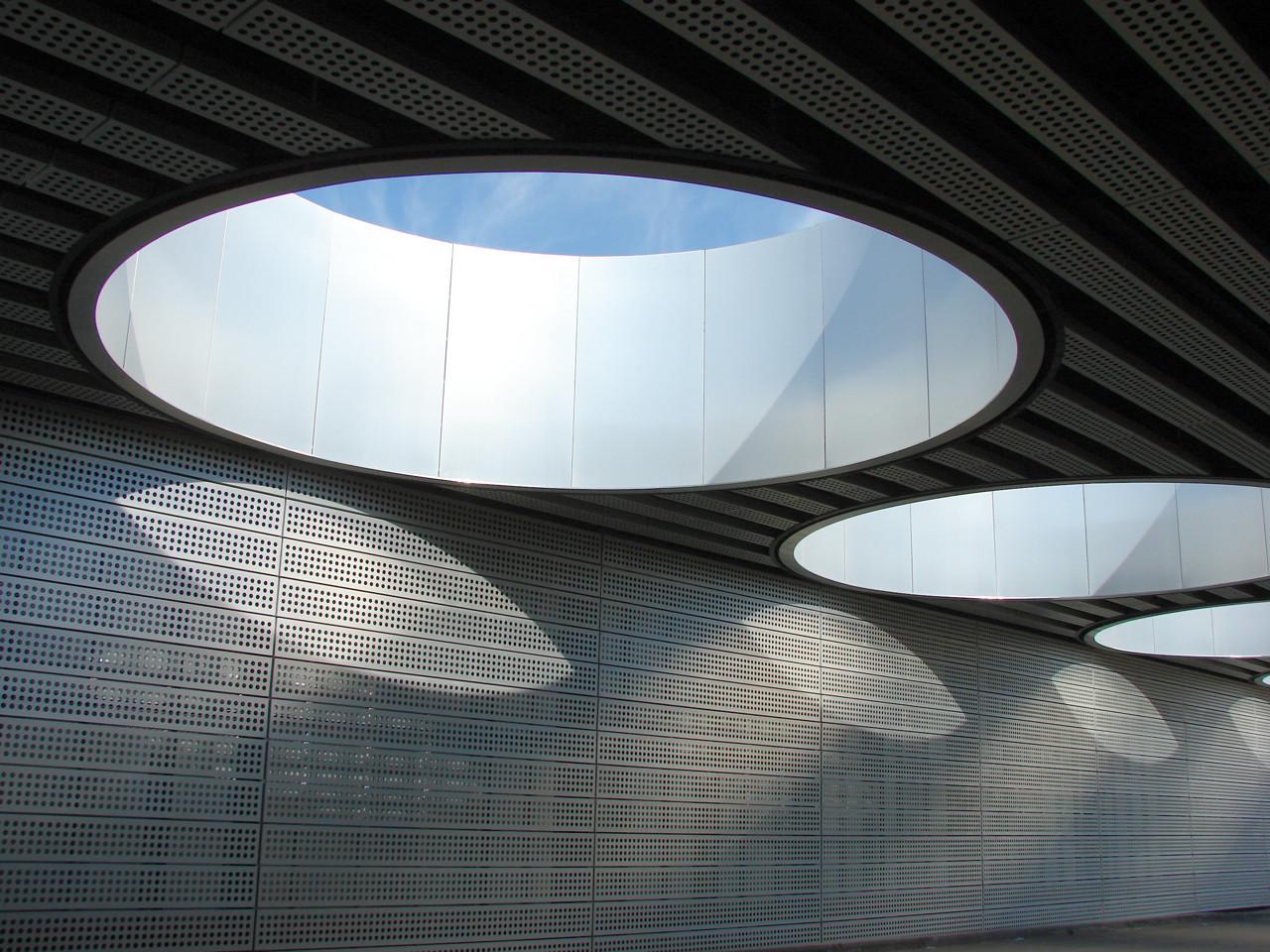 En Construcción: Nuevo Hospital Público de Móstoles / Rafael de La-Hoz Arquitectos