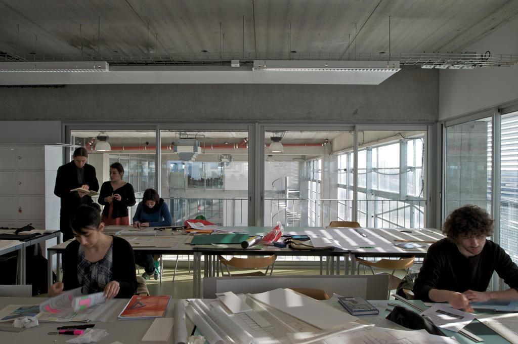 Escuela de arquitectura de nantes lacaton vassal for B architecture nantes