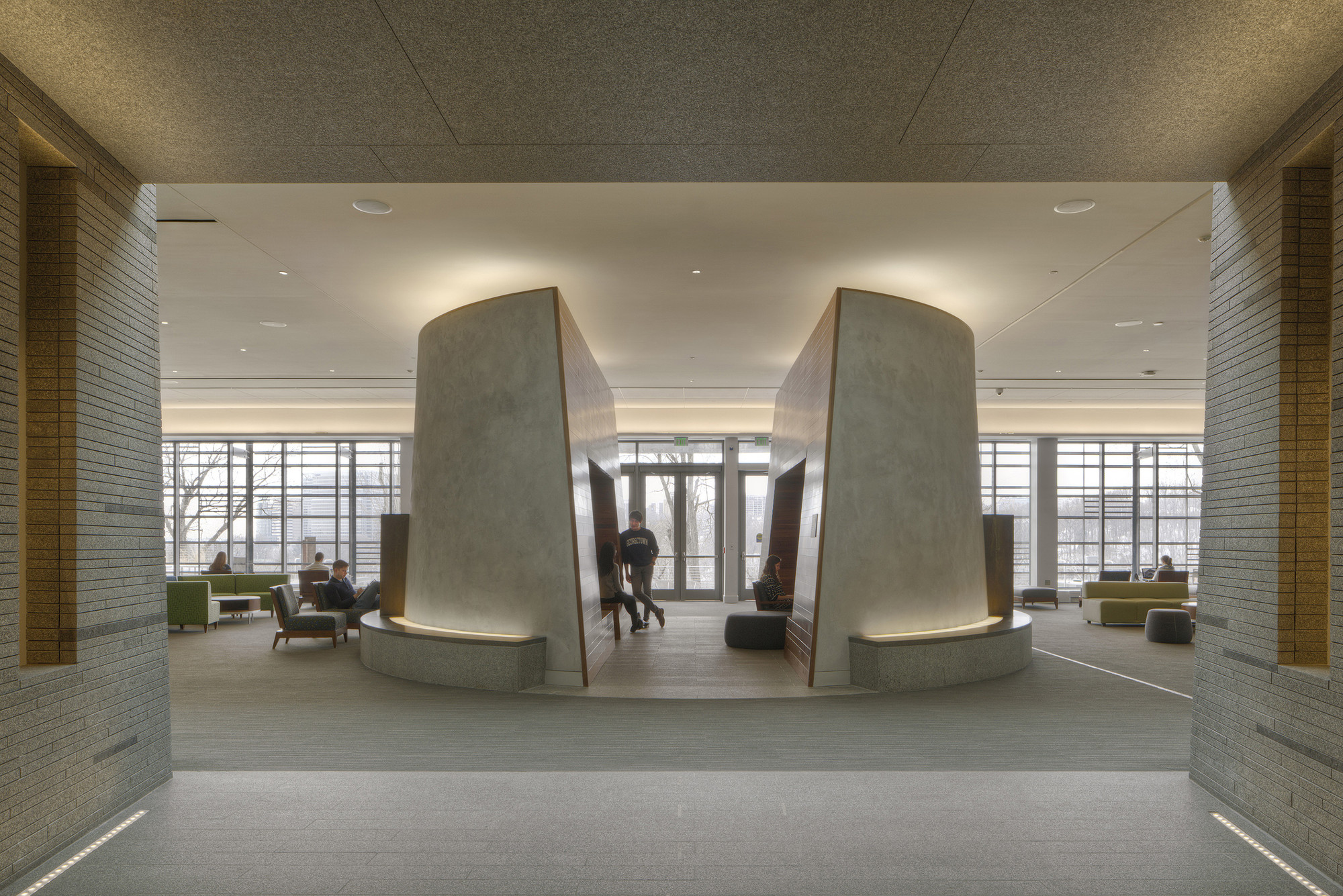 Student Center at Georgetown University / ikon.5 architects