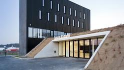 Anndenne's Cultural Center  / Label Architecture