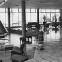 """Bar. Image vía Youtube, """"Hotel Humboldt, un milagro en el Ávila"""" (2014)"""
