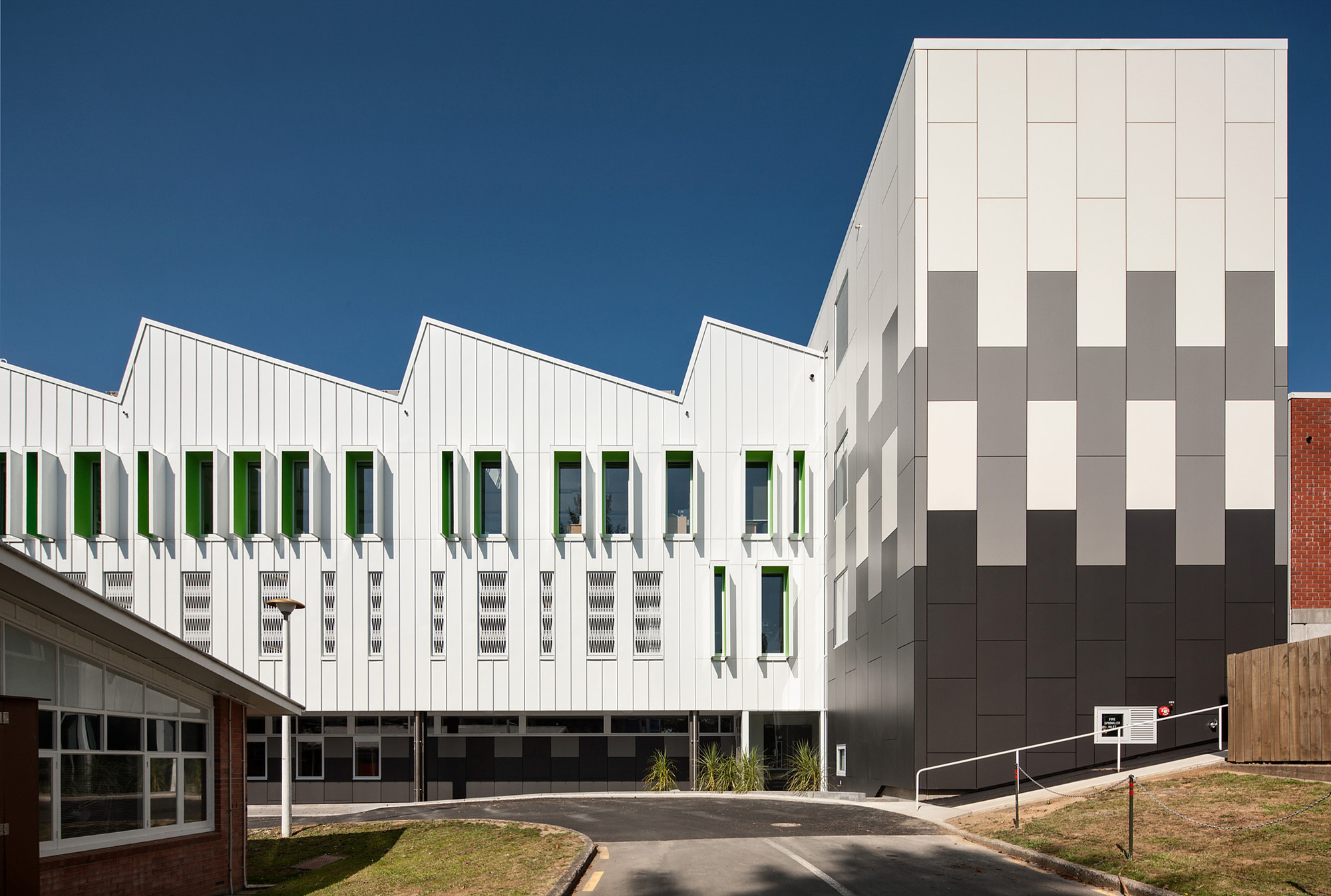 Centro Kathleen Kilgour / Wingate + Farquhar Architects, © Simon Devitt
