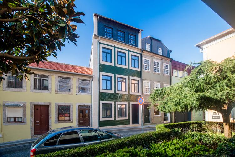 Edifício Domum / Dejanira Abreu, © Helder Sousa