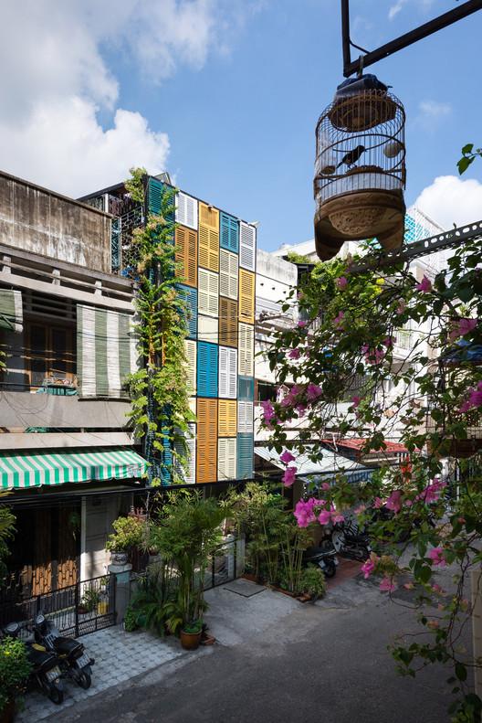 1 - Vegan House / Block Architects: Ấn tượng với những cửa sổ cũ