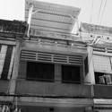 2 Before - Vegan House / Block Architects: Ấn tượng với những cửa sổ cũ