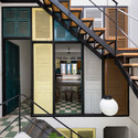 11 - Vegan House / Block Architects: Ấn tượng với những cửa sổ cũ