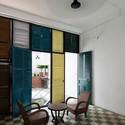 15 - Vegan House / Block Architects: Ấn tượng với những cửa sổ cũ