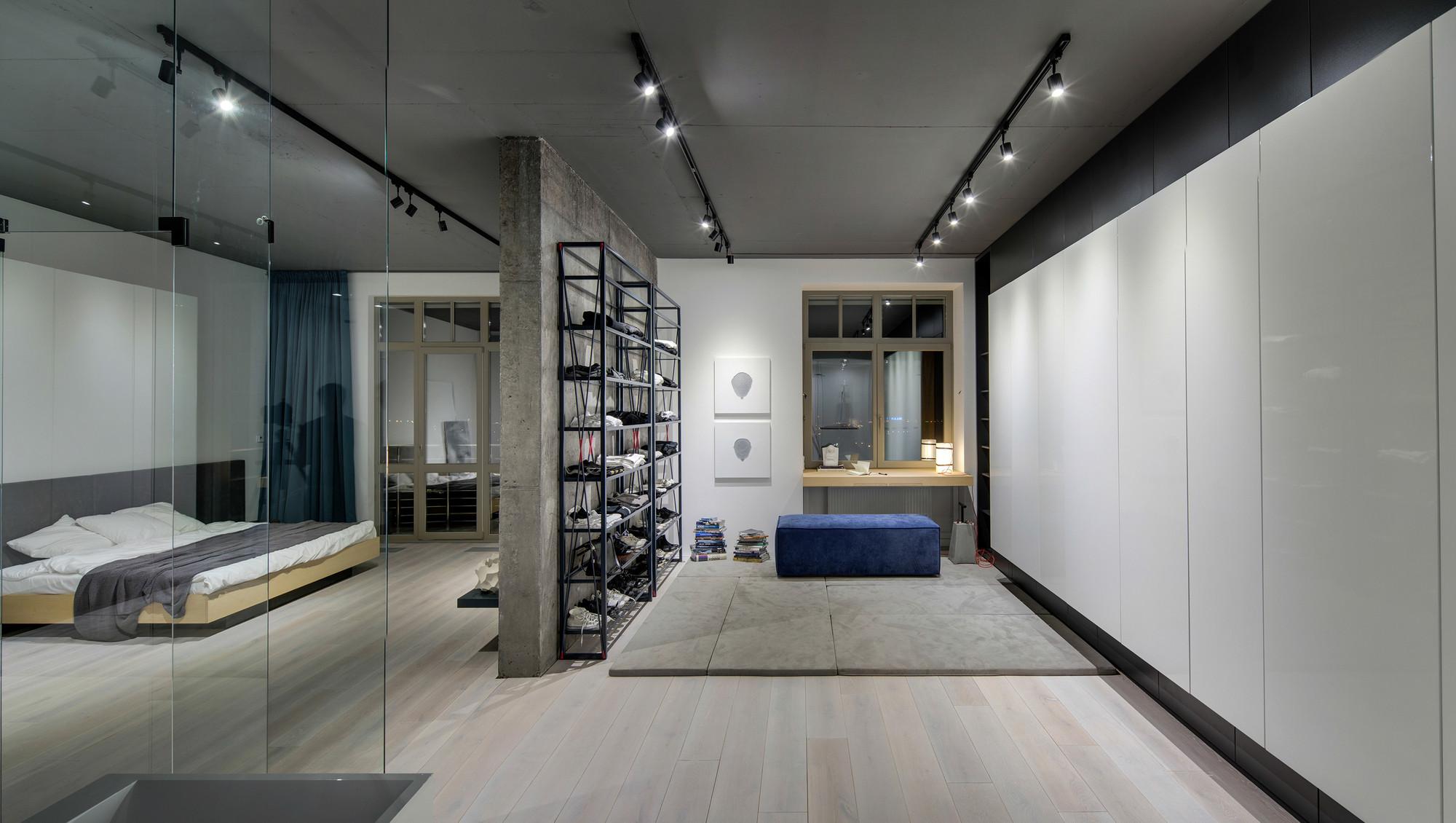 Gallery of 32nd apartment 17 - Loft industriel martin architectes kiev ...