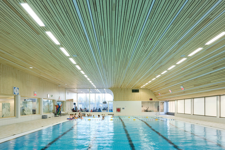 'De Heuvelrand' Voorthuizen Swimming Pool / Slangen+Koenis Architects, © Marcel van der Burg