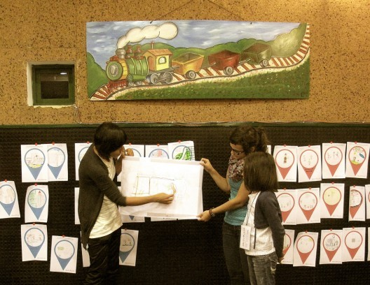 JolasPlaza: la experiencia del juego como herramienta de planificación urbana para niños, © Arkitente, vía Flickr. Used under <a href='https://creativecommons.org/licenses/by-sa/2.0/'>Creative Commons</a>