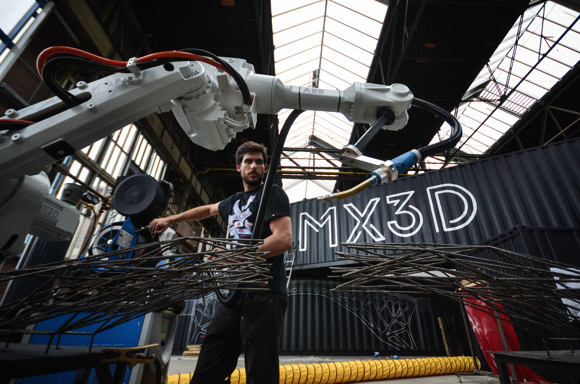MX3D to 3D Print a Bridge in Mid-Air over Amsterdam Canal