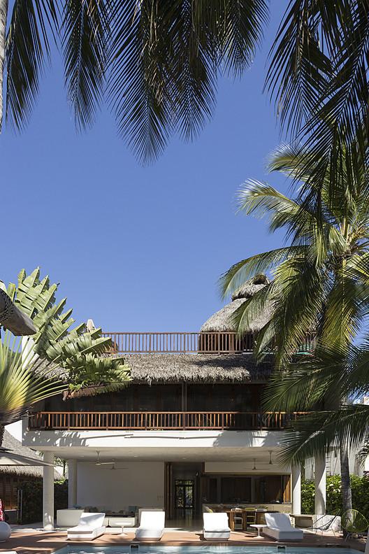 Casa SJA / Eklemes Rivial Arquitectura + JAA, © Juan Benavides