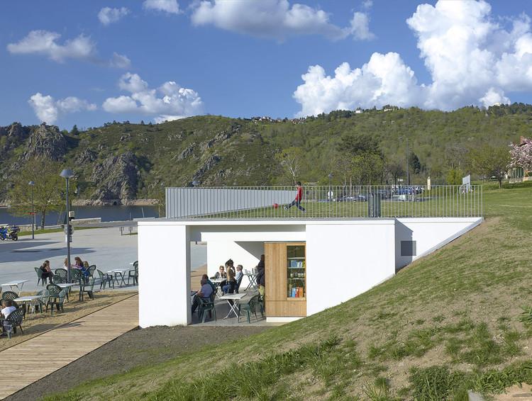 Leisure and Services Center  / Link architectes, © François Maisonnasse