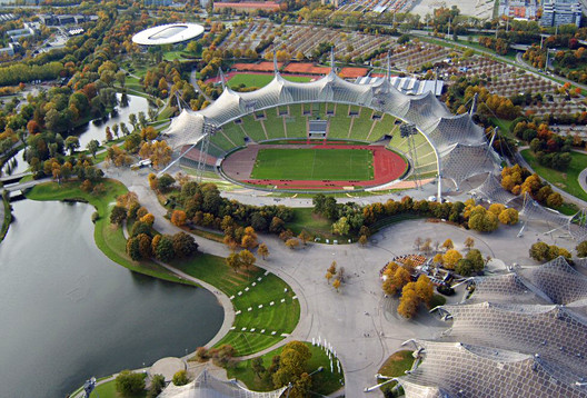 Munich Olympic Stadium / Frei Otto and Gunther Behnisch. Image © Wikimedia Commons