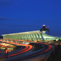 Dulles International Airport / Eero Saarinen. Image © MWAA
