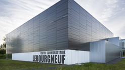 Lebourgneuf Community Center / CCM2 architectes