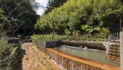 "Piscinas de Aguas Termales ""Poça da Dona Beija"" / m-arquitectos"