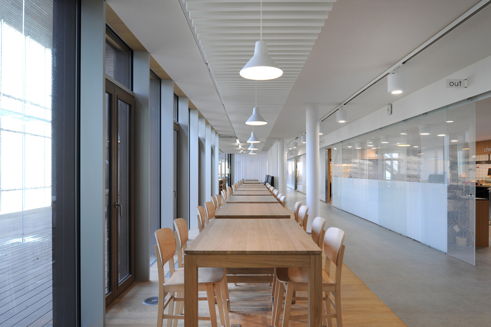 galeria de escrit rio sede da agc glass europe samyn and partners 11. Black Bedroom Furniture Sets. Home Design Ideas