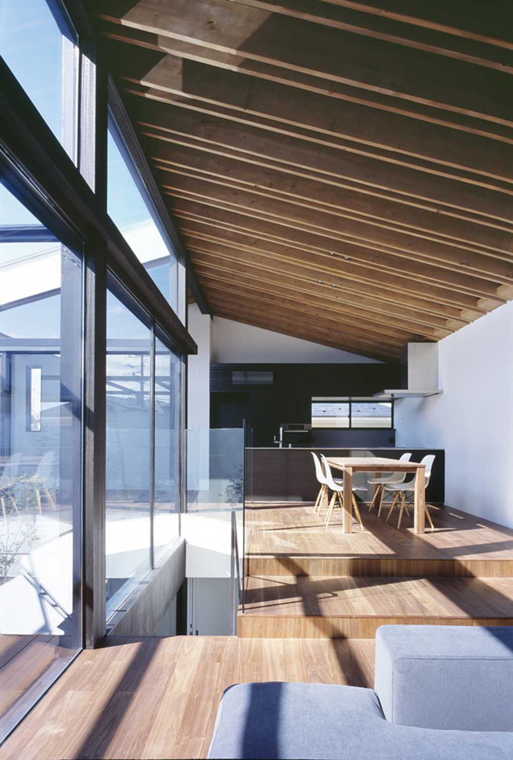 Casa Patio Apollo Architects Amp Associates Plataforma